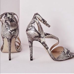 MISSGUIDED SNAKE PRINT HEEL PUMP SHOES SZ 6